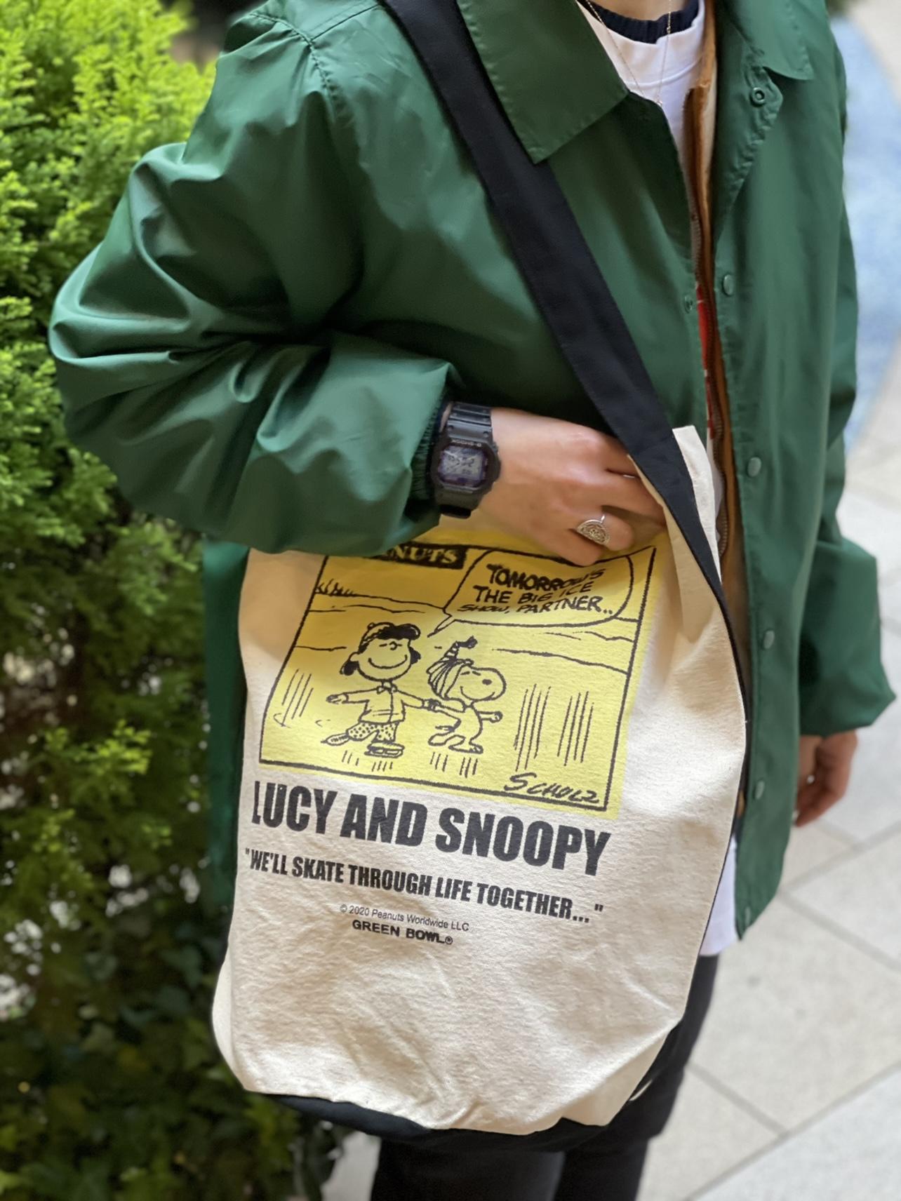 スヌーピーワンショルダーバッグが人気ですよ‼️